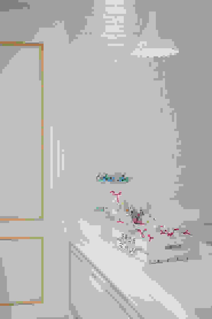 純白經典歐式 根據 簡式建築室內設計 北歐風 石灰岩