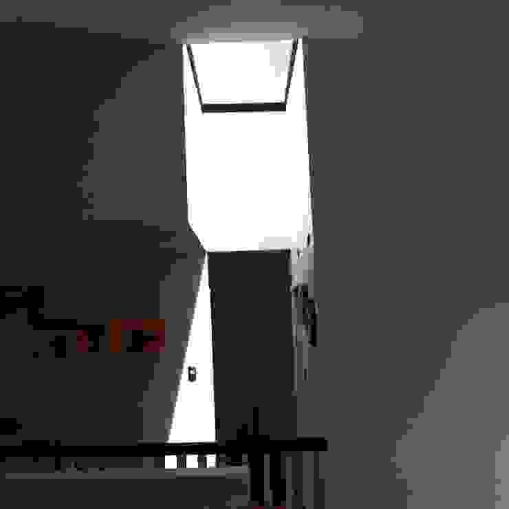 CASA X Dormitorios de estilo minimalista de Francisco Parada Arquitectos Minimalista