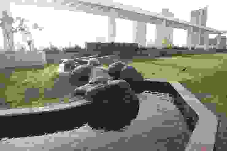 Ruang Komersial Tropis Oleh Land Design landscape architects Tropis