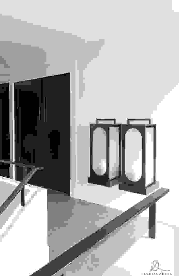 RESIDENTIAL VILLA Landelijke gangen, hallen & trappenhuizen van Ilse Damhuis Stijlvol Wonen Landelijk