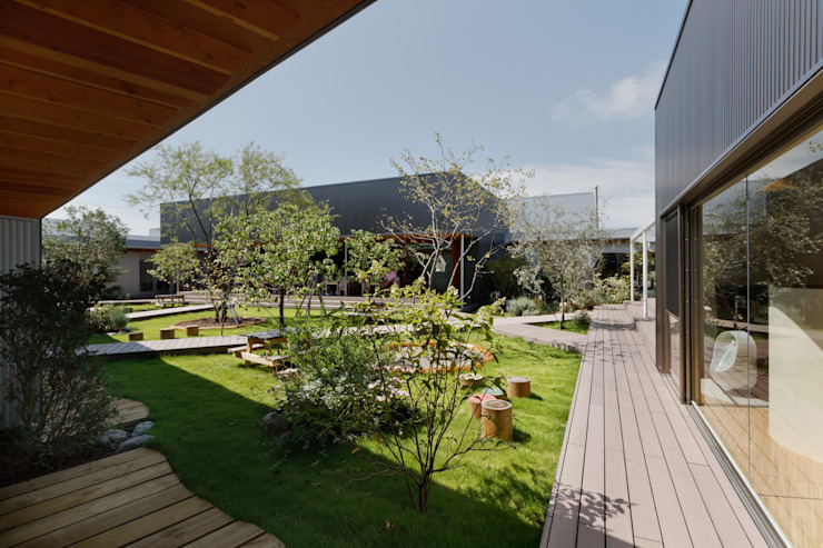 50-Year-Old Kindergarten Gets A Makeover With Shipping Containers by Prefabmarket.com Modern