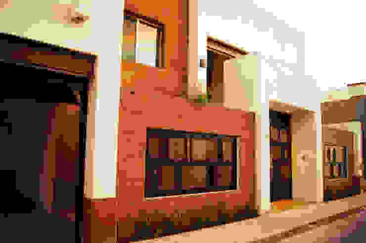 Ampliación Residencia BG Casas modernas de Arstudio Moderno Piedra