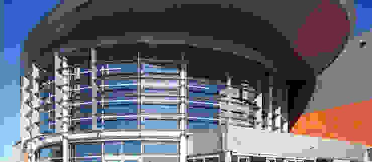 Торговые центры в стиле модерн от Cotefa.ingegneri&architetti Модерн