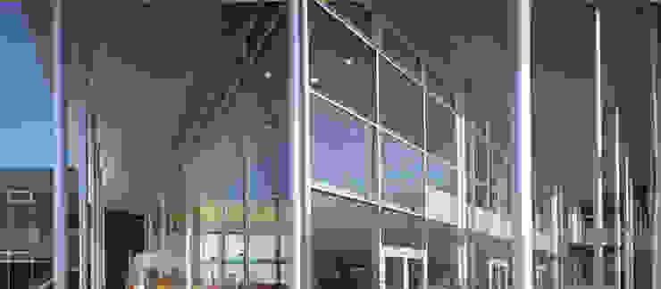 Shopping Centers modernos por Cotefa.ingegneri&architetti Moderno