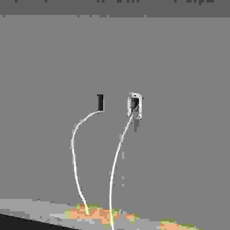 Detalle de instalación de xma studio Moderno Madera Acabado en madera