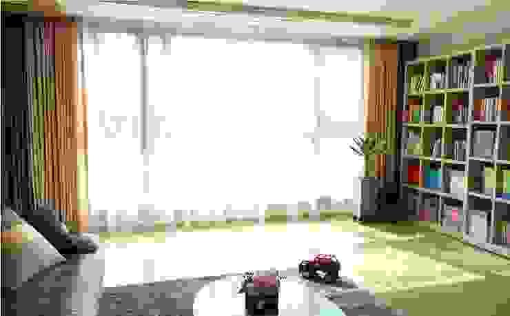 Wohnzimmer von 모린홈
