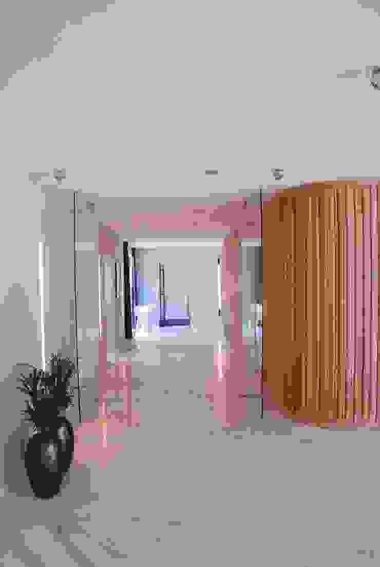 Verbouwing Woonhuis te Veghel Moderne muren & vloeren van Wessel van Geffen Architecten Modern