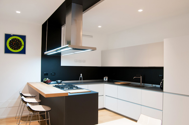 FLAT SC Modern kitchen by 07am architetti Modern