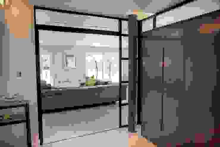Meadway Close XUL Architecture Couloir, entrée, escaliers modernes