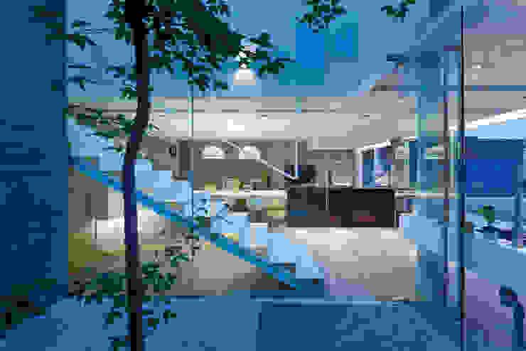 Moderner Flur, Diele & Treppenhaus von Millimeter Interior Design Limited Modern