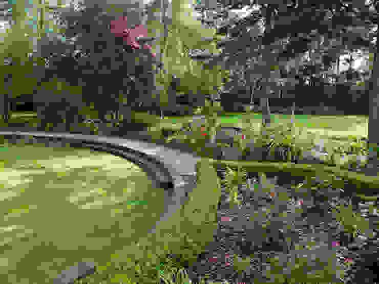 par Cool Gardens Landscaping