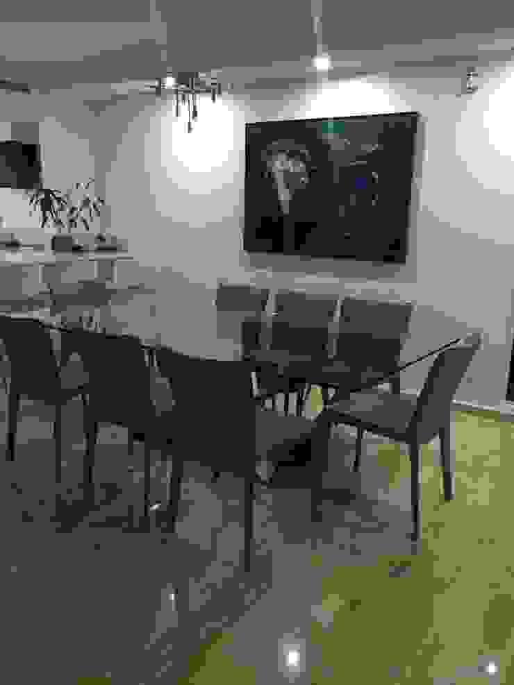 Proyecto Puerto Ordaz Comedores de estilo moderno de THE muebles Moderno