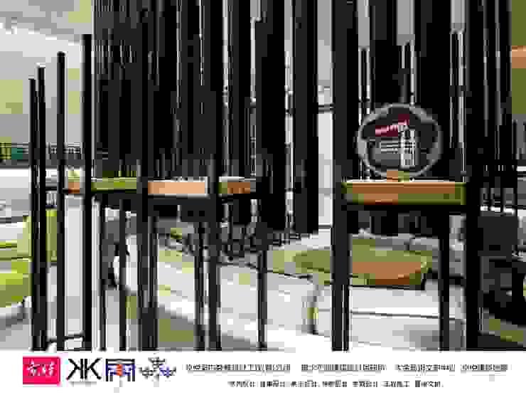 大道恆美 The Virtuous Way is Forever Beautifu l- 京悅設計 京悅室內裝修設計工程(有)公司 真水空間建築設計居研所 展覽中心 玻璃 Black