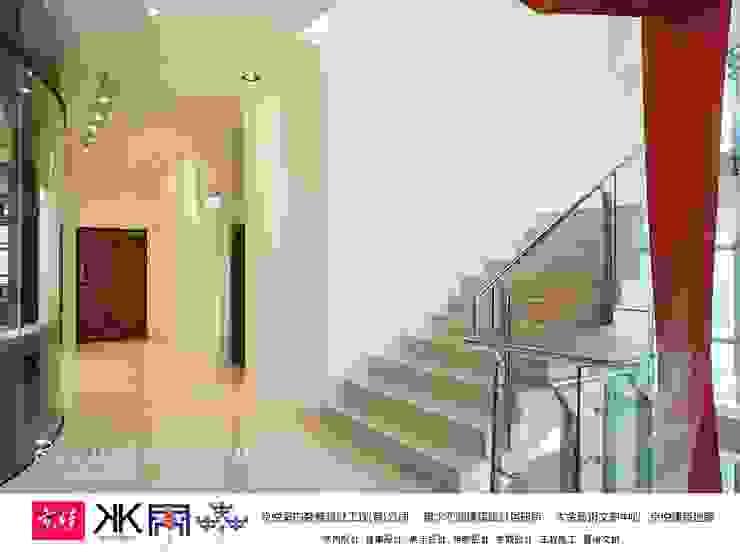 京悅設計 - 立督科技集團總部 再造 Reengineering 根據 京悅室內裝修設計工程(有)公司|真水空間建築設計居研所 簡約風 實木 Multicolored