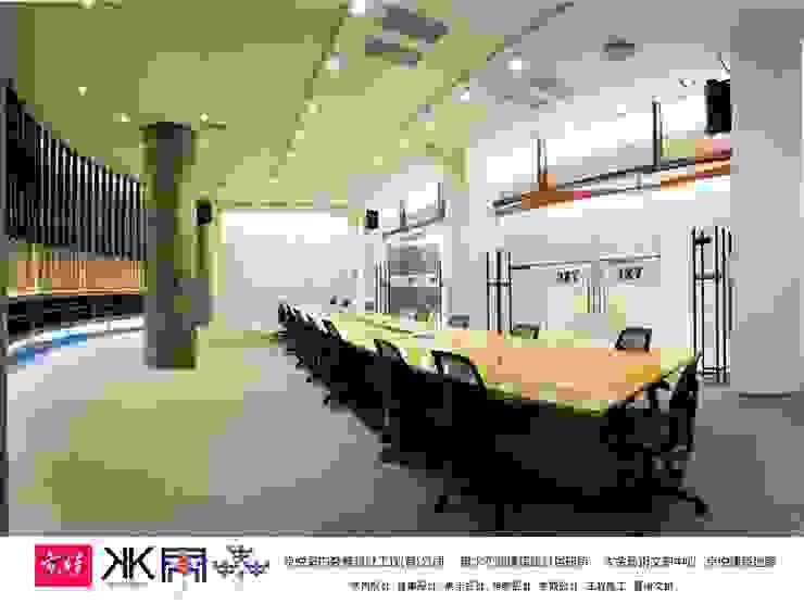 京悅設計 - 立督科技集團總部 再造 Reengineering 根據 京悅室內裝修設計工程(有)公司|真水空間建築設計居研所 古典風 銀/金