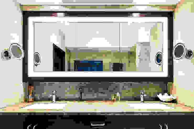Moderne Badezimmer von Nicole Cromwell Interior Design Modern Holz Holznachbildung