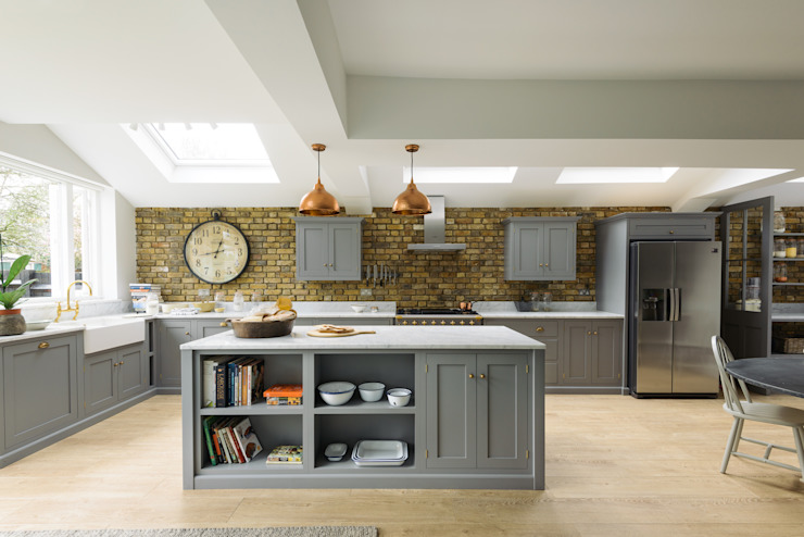 The SW12 Kitchen by deVOL deVOL Kitchens KitchenCabinets & shelves Wood Grey