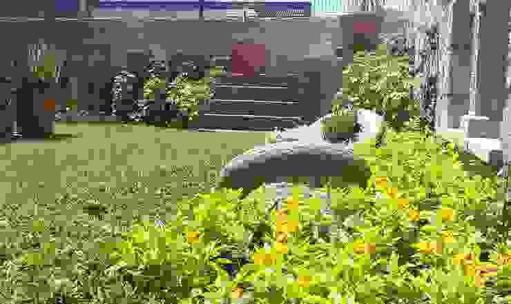 Jardines de estilo  de SCH2laap arquitectura + paisajismo,