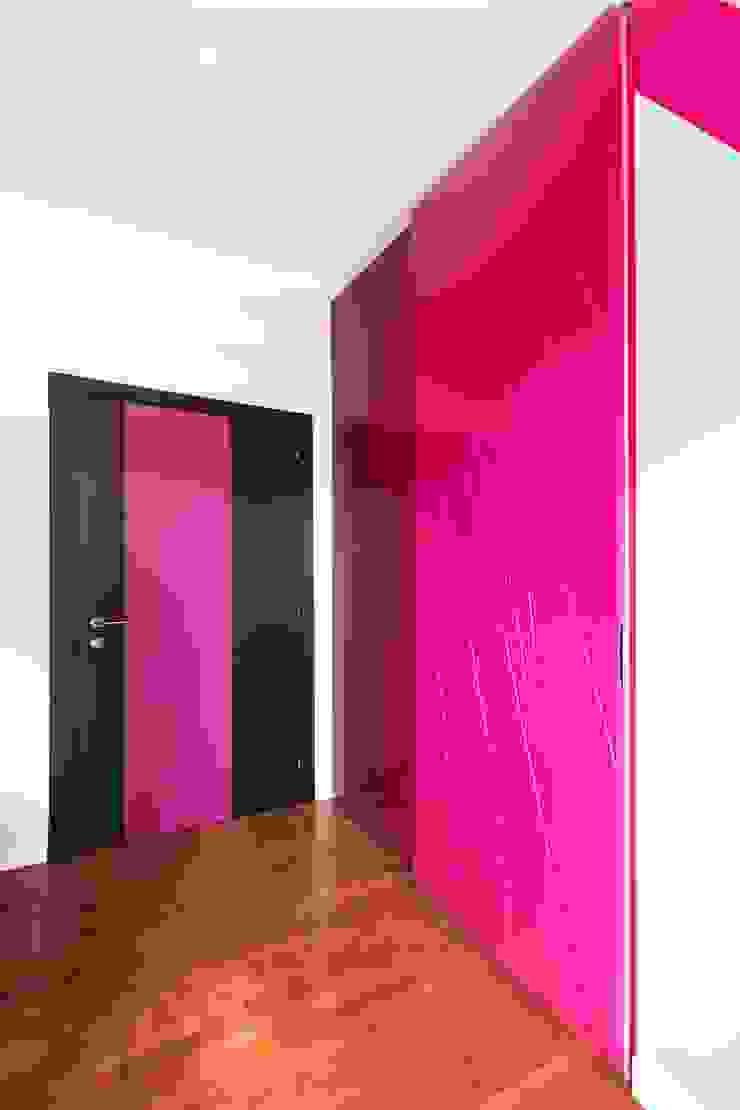 UAU un'architettura unica Ausgefallene Kinderzimmer Lila/Violett