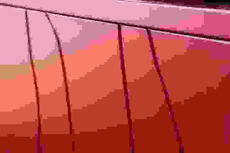 UAU un'architettura unica Ausgefallene Wohnzimmer MDF Rot