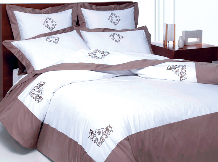 Venezia pure cotton hand embroidered bed linen King of Cotton DormitoriosTextiles Algodón Marrón
