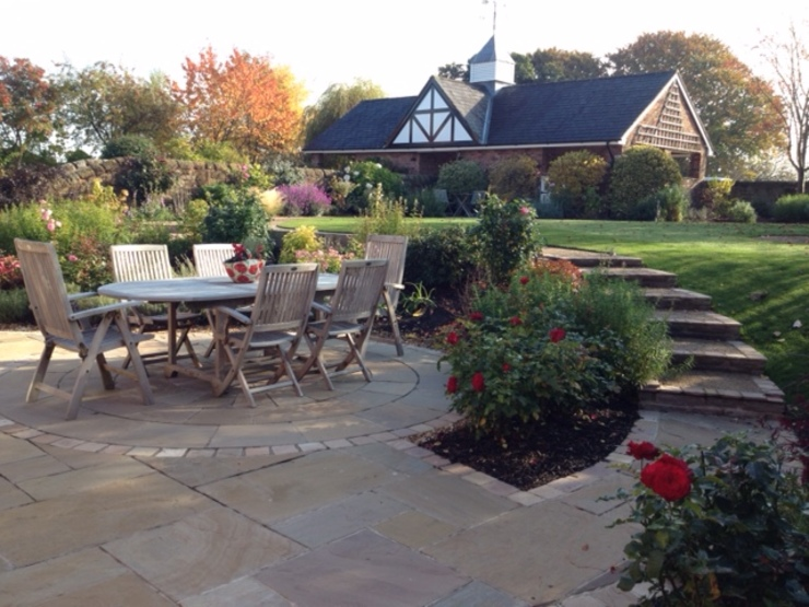 A Cheshire Country Garden Country style garden by Charlesworth Design Country