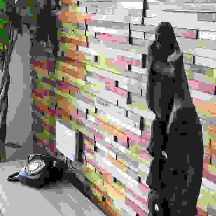 Lounge en Depto de Maderal Moderno Madera Acabado en madera
