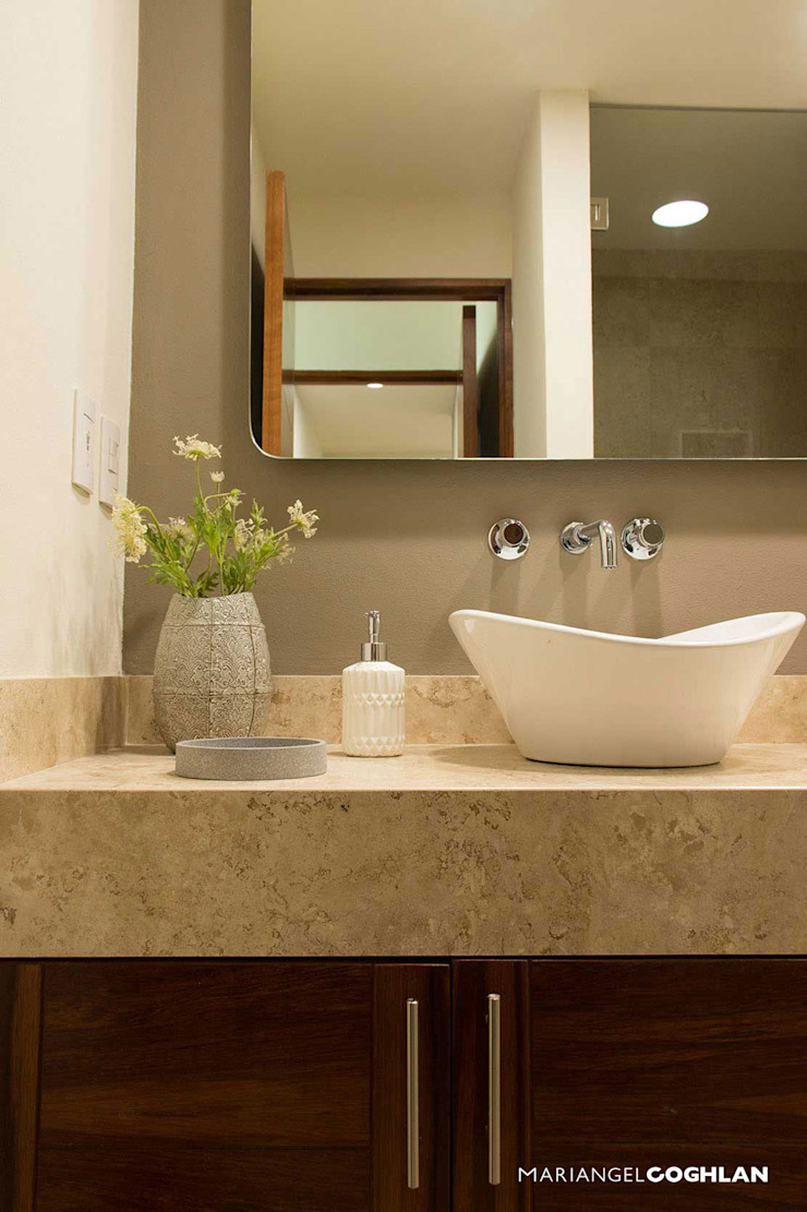 MARIANGEL COGHLAN Modern style bathrooms