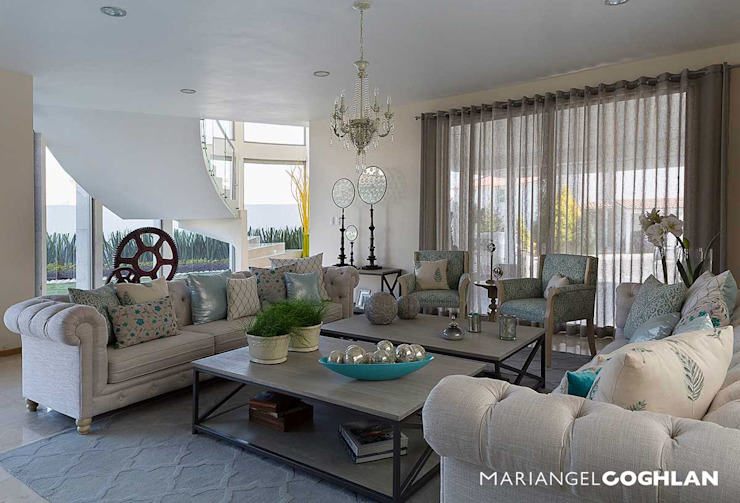Salones de estilo moderno de MARIANGEL COGHLAN Moderno