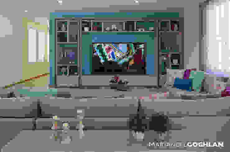 غرفة المعيشة تنفيذ MARIANGEL COGHLAN,
