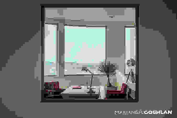 Proyecto Almendros Balcones y terrazas modernos de MARIANGEL COGHLAN Moderno