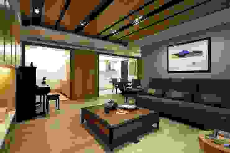 實木皮的美式線條 誼軒室內裝修設計有限公司 客廳 實木 Wood effect