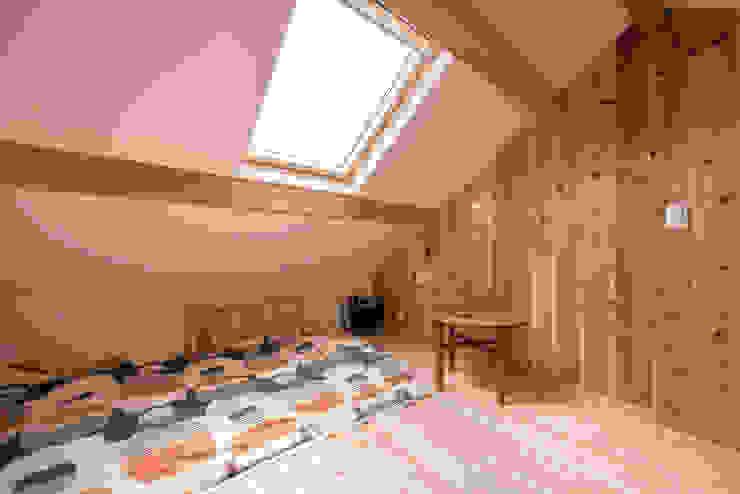 根據 HAPTIC HOUSE 田園風 木頭 Wood effect