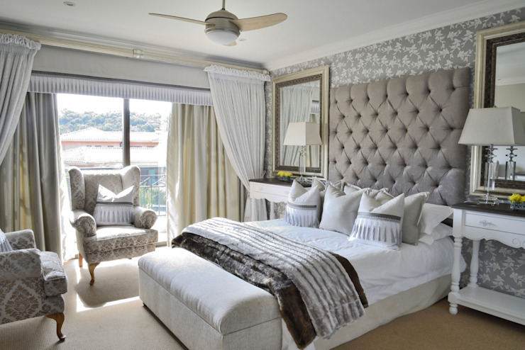 Grey-scale Luxury Carne Interiors Classic style bedroom