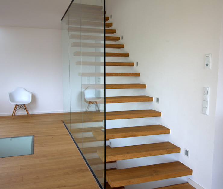 Modern Corridor, Hallway and Staircase by GERBER Ingenieure GmbH Modern