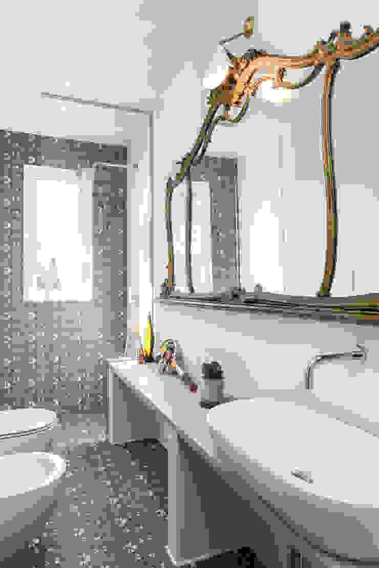 Caterina Raddi Industrial style bathroom