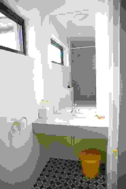 Bathroom Modern Bathroom by A2studio Modern