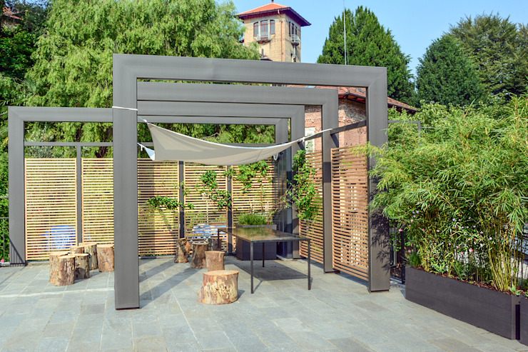 Balcones y terrazas modernos de Ginkgo Giardini Moderno