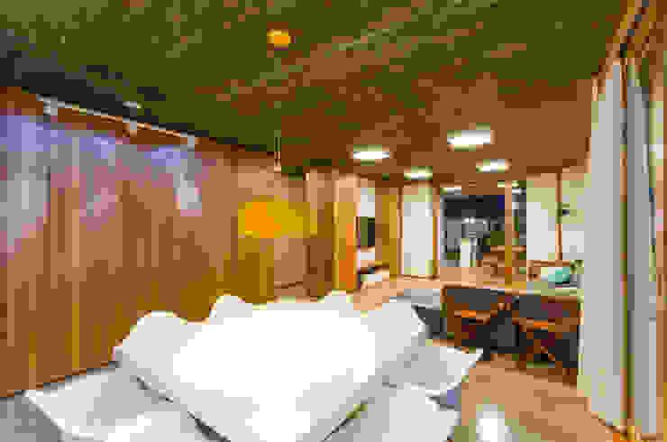 Comedores de estilo moderno de Diego Alcântara - Studio A108 Arquitetura e Urbanismo Moderno Concreto