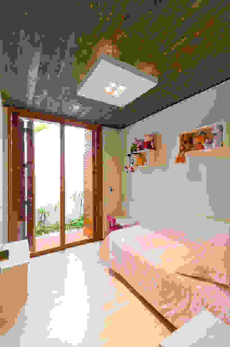 Cuartos infantiles de estilo moderno de Diego Alcântara - Studio A108 Arquitetura e Urbanismo Moderno