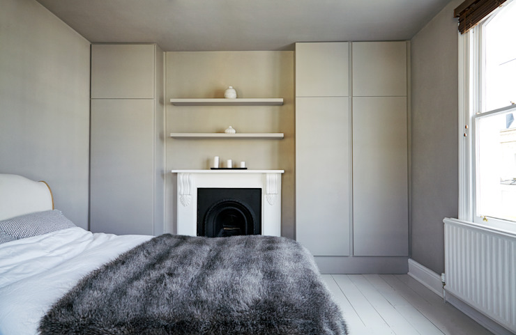 Stoke Newington Scandinavian style bedroom by House of Sylphina Scandinavian