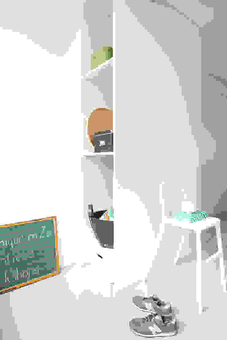 Van garage naar creatieve workshopruimte van Peggy Franssen Interieurontwerp Scandinavisch MDF