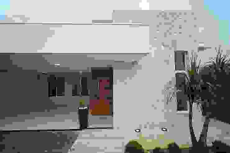 Casa Canãa Casas modernas por Jorge Machado Arquitetos Moderno Mármore