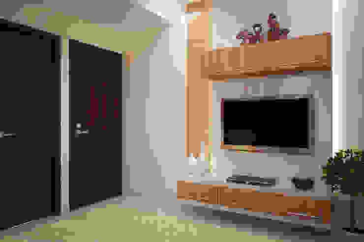 BED ROOM by MOONA DESIGN STUDIO