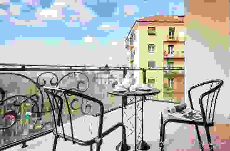 Vivere lo Stile Balcones y terrazas de estilo moderno