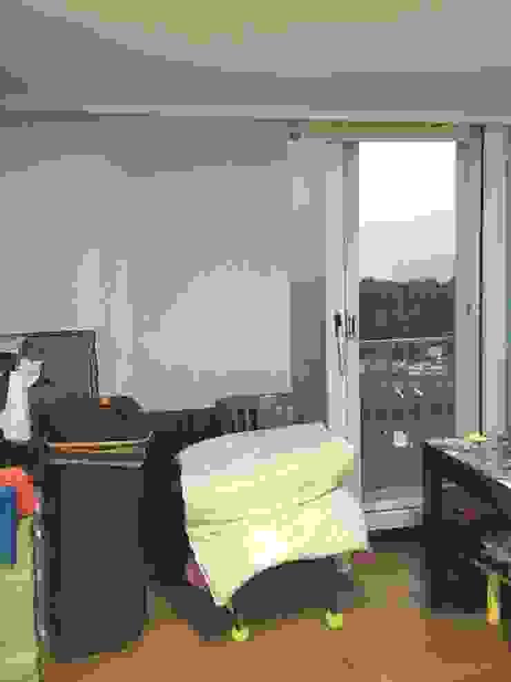[홈라떼] 양평동 32평 아파트 전세집 홈스타일링 미니멀리스트 거실 by homelatte 미니멀