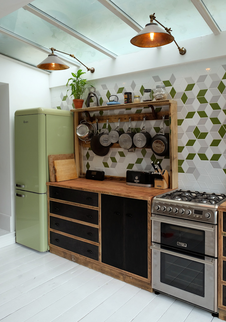 CLAPTON KITCHEN – LONDON E5 인더스트리얼 주방 by Relic Interiors kitchens and furniture 인더스트리얼