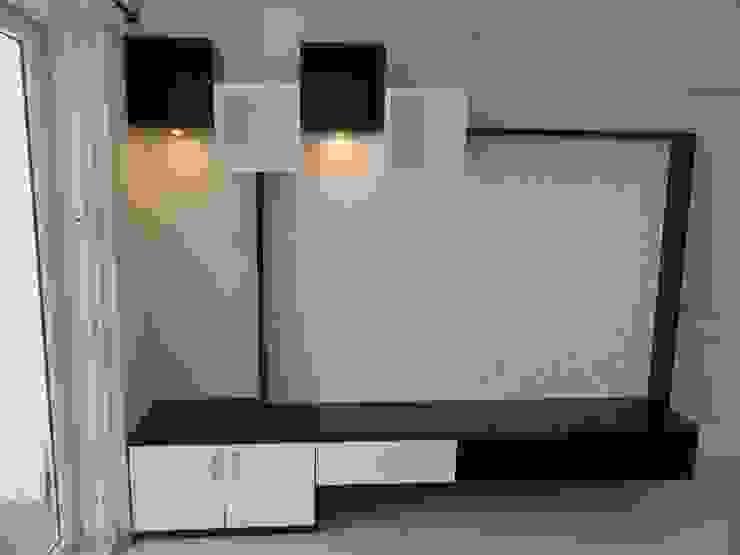 LCD unit Modern living room by Bluebell Interiors Modern