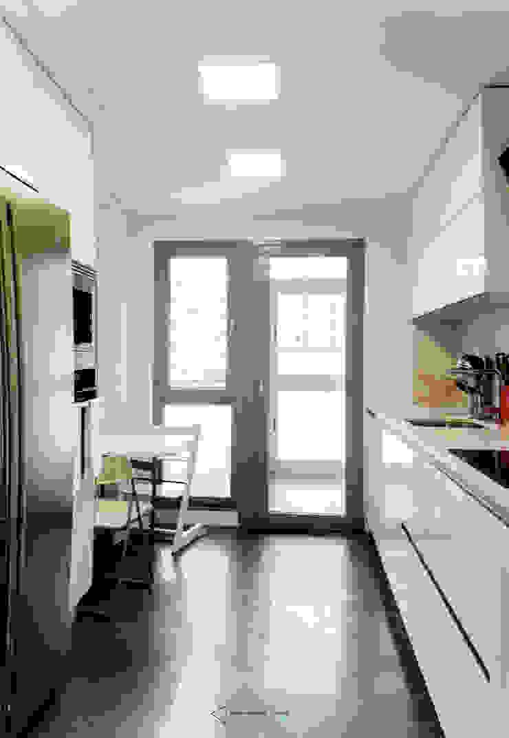 Cozinhas modernas por emmme studio Moderno