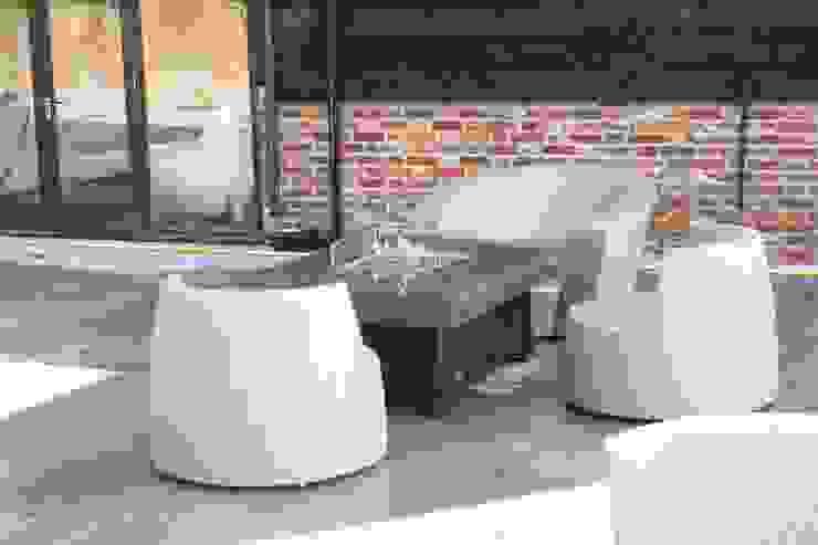 Bahama Gas Fire Table - Portsmouth par Rivelin Moderne